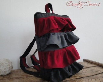 Laptop ruffled backpack / Classic / Conventional backpack - with 2 Straps / Fully Padded / Hidden Pocket / Laptop Compartment