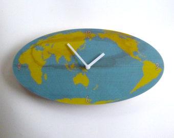 Objectify Oval World Clock
