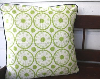 Graphic Green Circles Pillow, Decorative Pillow, Removable
