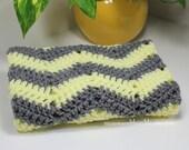 "Grey & Yellow Chevron Baby Blanket - Easy Crochet PATTERN 19"" x 23""/(48 x 58) cm- PDF 1923"