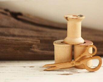 Scissors Brooch (Wooden)