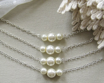 SET of 4 bridesmaid pearl necklace, bridesmaid necklaces, bridesmaids gift wedding jewelry white ivory pearl custom color W006