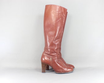 5 1/2 Knee High Boots Sienna Brown Leather Zip Up 70's Boots with a Stacked Heel / Size 35 1/2 European