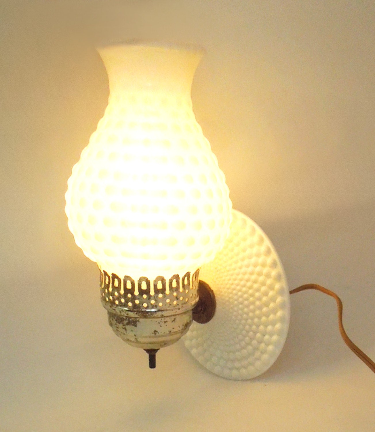 Milk Glass Wall Lamps : Vintage hobnail milk glass wall lamp wall sconce