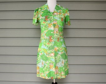 1960s retro country cottage farm print dress. Size small 4-6
