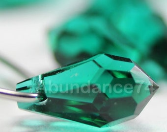 6pcs Swarovski Crystal 6000 15mm Teardrop Pendant Emerald
