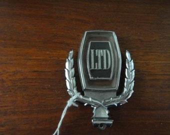 Ford LTD II Emblem Hood Ornament Trim Badge symbol exterior 77 78