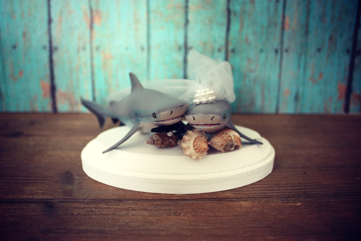how to make a shark cake topper
