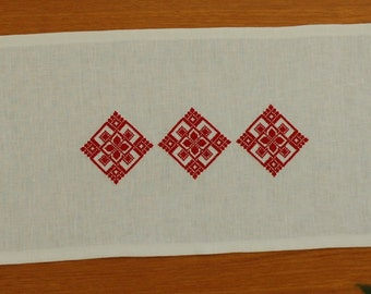 Folk Linen Table Runner.