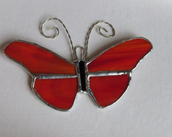 """Red/White Swirled Opalescent Glass Butterfly 5"""" x 3.5"""" Suncatcher with Curly Antennae"""