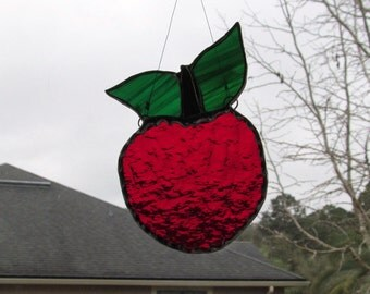 Brilliant Apple Suncatcher with Decorative Scalloped Foil Embellishment