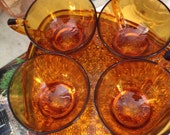Vintage Daisy and Button Amber Glass Snack Set