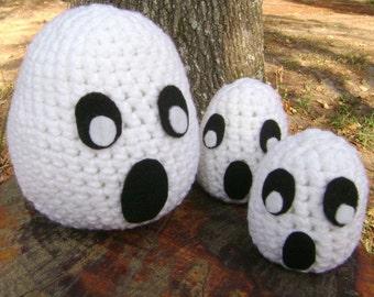 Crochet Ghost Trio Halloween Holiday Decoration Bowl Filler Shelf Sitter Centerpiece Ornament