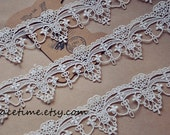 Ivory Lace Trim, Antique Lace Trim, Crochet Lace for Costume Jewelry Design