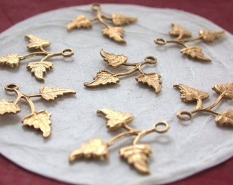 Leaves,Vintage Style,Supplies,Scrap booking,Collage,Craft Supplies,Jewelry Supplies,Made in USA,Wedding Supplies,Brass Leaves, STA-130