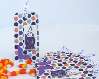 Polka Dots Cat Tags, Birthday Party Tags, Set of 8 Party Favors, Halloween Tags, Cat with Pointed Hat, Gift Tags for Cat Lovers, Purple Cats
