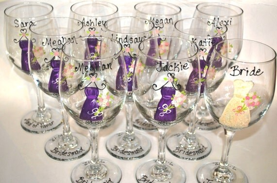 Wedding Gifts Wine Glasses : ... Gifts Guest Books Portraits & Frames Wedding Favors All Gifts