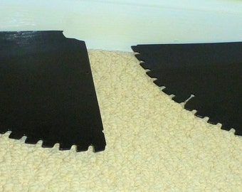Circular saw blade shelf set