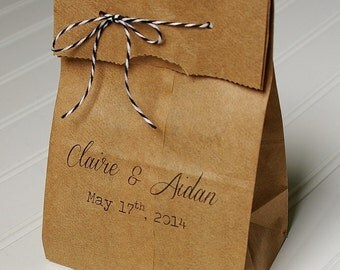 Personalized Wedding Favor Bags- Candy Bags. Kraft Paper. Bridal Shower Favor. Party Favors. Candy Buffet. Candy Bar.