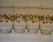 Set of 4 vintage Vining Strawberry Flower drinking glasses