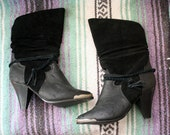 1980s Suede Boots // Womens Black 80s Booties Tassle Leather Suede Ankle Boots Horseshoe Cowboy Western Boots Pointy Toe // Sz. 5.5 35.5