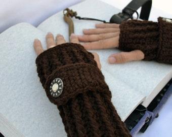 Dark brown  arm warmers, fingerless gloves, texting gloves, crochet gloves, boho gloves, hand warmers, mittens, boho fashion, button gloves