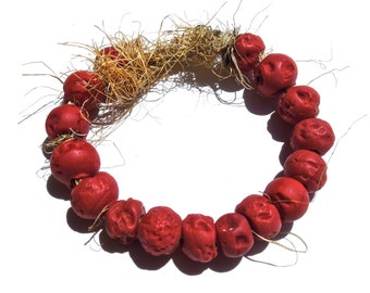 VINAGE: 16 Trade Rustic Red Glass  Beads - Large Hole Beads - Distressed Beads - (5-A2-00003538) OS no