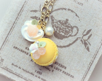 Macaroon necklace, handmade fake food jewelry, yellow macaron, food charm, whimsical jewelry, lolita accessories,gift under 20