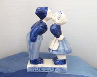Collectible  Delt Blue Figurine  Dutch Boy and Girl Kissing Hand Painted Holland Vintage  c1960