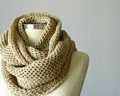Christmas SALE, Knit scarf, infinity scarf, Cowl, cowl scarf, man scarf, women unisex, circle scarf, chunky scarf, knit scarf