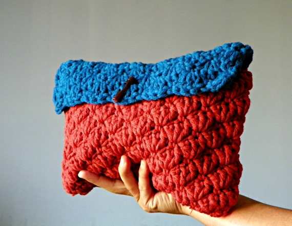 Items similar to Crochet clutch, crochet make up bag, handmade clutch ...