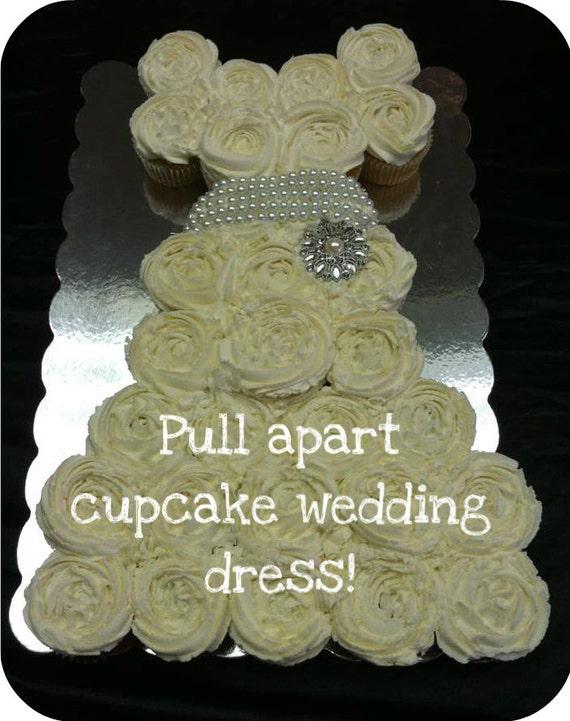 Pull apart cupcake cake wedding dress for Wedding dress cupcake cake