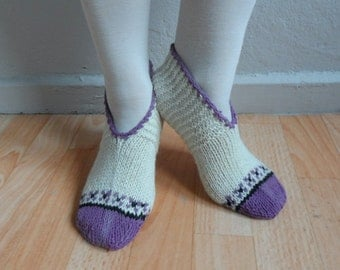 Wool Socks, Womens Socks, Hand Knit Slippers in Cream Black Purple, Wool Slippers, Wool Socks, Winter Accessories, Winter Fashion
