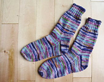 Easy Knit Basic Sock Pattern in 8 sizes by Double Diamond Knits       permission to sell finished socks