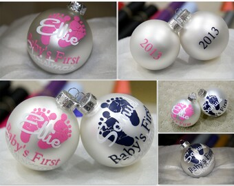 SALE PRICE - Baby's First Christmas Ornament - Personalized / Custom - Frosted Glass