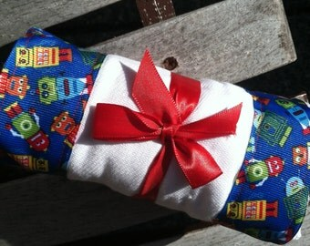 Burp Cloth / Changing Pad: My Pretty Burpy Robots, Personalization Available