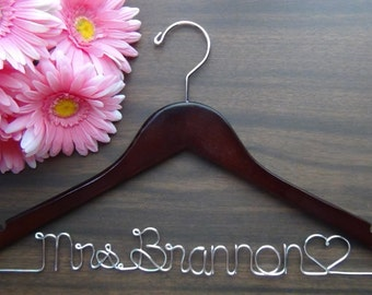 BRIDAL Dress HANGER Personalized Keepsake, Custom Made Wedding Hangers with Names, Bridal Shower Gift idea,Wedding Photo Props