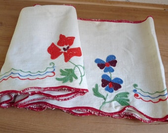 """Vintage EMBROIDERED SHELF TRIM, Flowers in Red, Blue, Green, Purple on a Piece of Linen. long 210cm x wide 18cm or long 83 """" x wide 7.2 """"."""