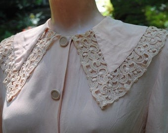 1940's Dress Pink Nude with Lace Collar  Film Noir Movie Dress  Size 8-10