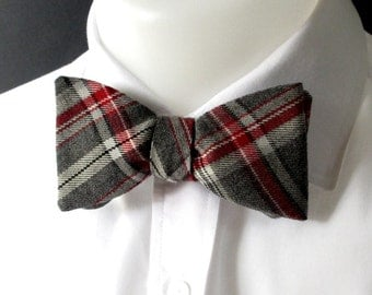 Bowties ~ mens plaid bowtie -  made in soft  Grey & Red plaid ~ tartan -  classic style bowtie for men