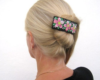 Flowered Embroidery hair-barrette