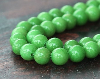 Mountain Jade Beads, Apple Green, 6mm Round - 15 Inch Strand - eMJR-G17-6