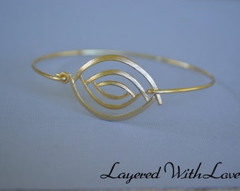Gold Bangle Bracelet- Bronze Bangle- Evil Eye Gold Bangle- Bridesmaids Gift Ideas- Casual Wear- Minimalist- Wire Bangle- Filigree