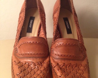 Vintage brown high heels cognac Oxford style  woven leather boho