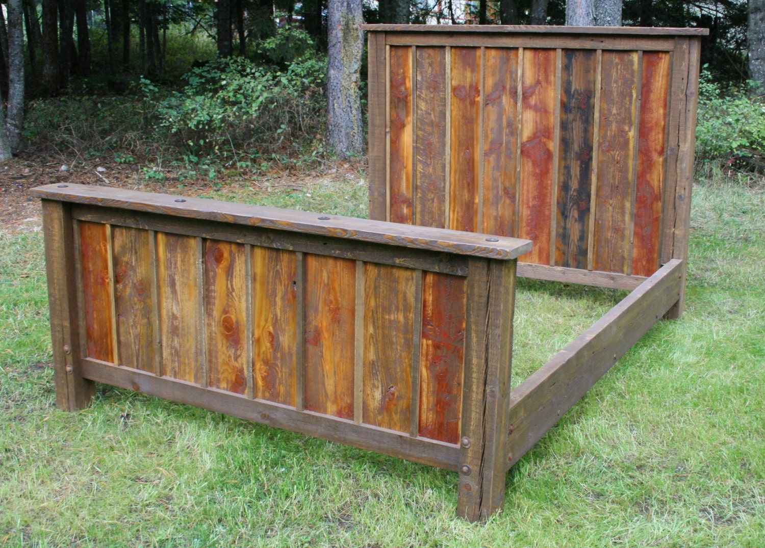 King size reclaimed rustic bed and nightstands by for Diy rustic bunk beds