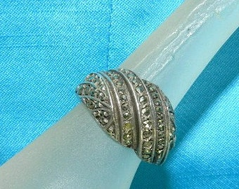 Antique Sterling Silver Marcasite swirl Ring - Art Deco