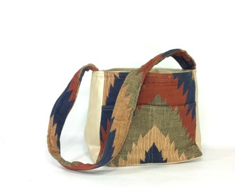Woven Tribal Bag - Southwest Kilim Shoulder Bag - 80s Pattern Vegan Leather Bag