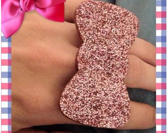 Glitter Bow Baby Paw Ring