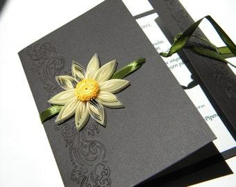 Daisy wedding invitation / Black wedding invitation White Gerbera Wedding Invitation Chocolate wedding invitation Brown and green invitation