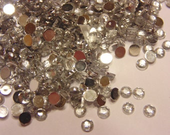 100 crystal clear flat back rhinestone beads, 3 mm (S1)